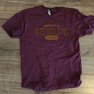 University of Guelph maroon t-shirt, size M